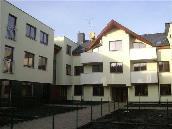 Wynajem Mieszkania, 3 Pokoje, Wysoka, Wrocław, Ul. Lipwa 2